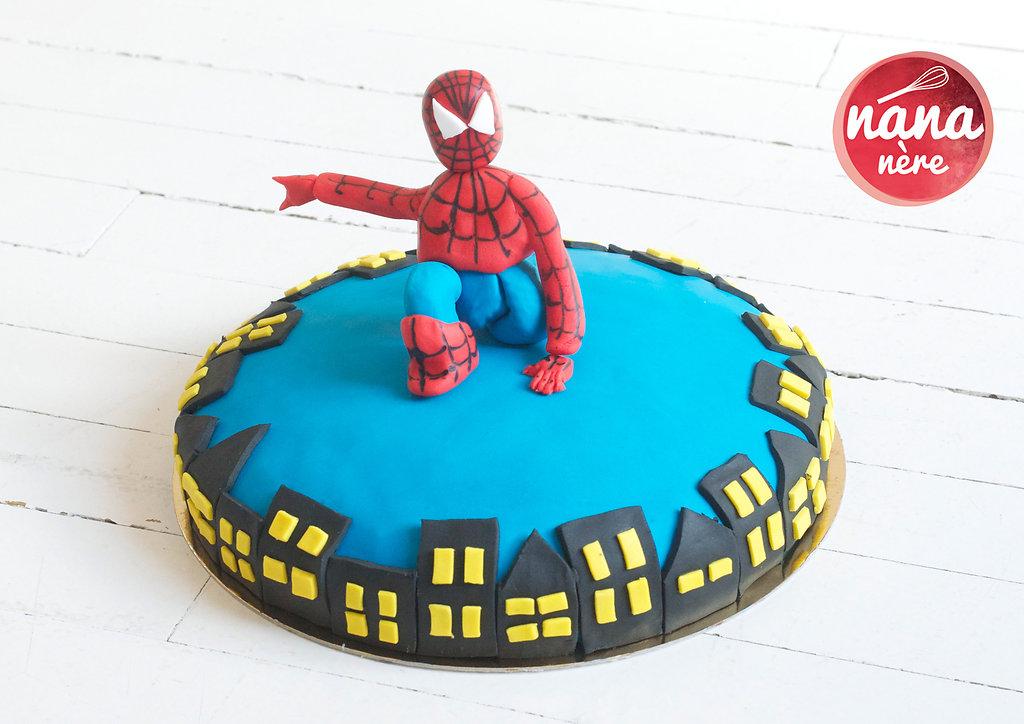 spiderman-gottam-city.jpg